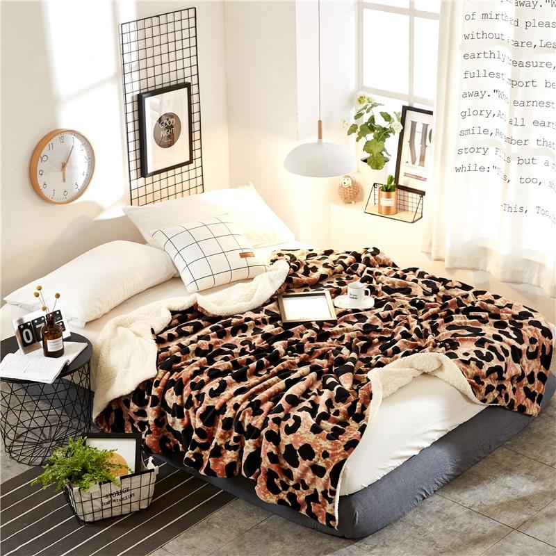 Осень и Зима Простой кашемировые одеяла утолщаются фланель двойной бархат простыни подарок Зебра леопардовым узором Одеяло