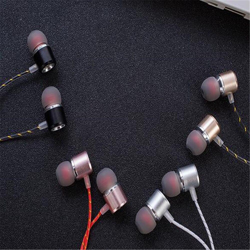 Filaire Dynamique dans-oreille écouteur Pour sport Mobile Téléphone xiangli 2018082102 4 couleurs 113.63