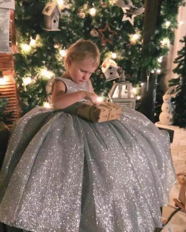 Sliver Sequins Backless Girls Pageant Dress Ball Gown New Flower Girls Dresses for Wedding Birthday Party Gown Custom Made