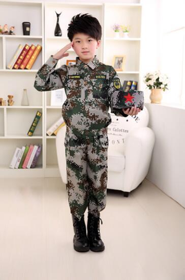 2016 Niños Pequeños Moda caliente Sistema de la Ropa de Camuflaje Militar Uniforme Ropa de Los Niños del Juego Del Deporte 2 Unids