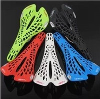 Hot Plastic Spider Ergonomics Hollow Mountain/Road Bike Saddle Super Breathable Bicycle Seat Cushion Bicycle Saddles