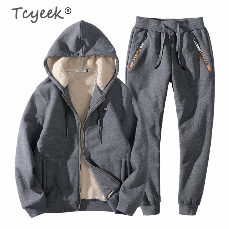 Tcyeek 2019 Winter Men's Sportswear Plus Size 8XL Casual Cashmere Thick Coat+pants Two Piece Set Tracksuit Men Clothes Set 15839