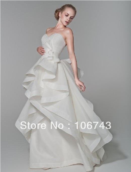 Livraison gratuite 2015 nouveau style Sexy chérie mariées mariages fête personnalisé arc à plusieurs niveaux princesse volants a-ligne longues robes de bal