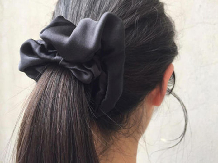 Gratis frakt 100% Pure Silk Hair Scrunchies Charm Hair Bands Mode - Kläder tillbehör - Foto 2