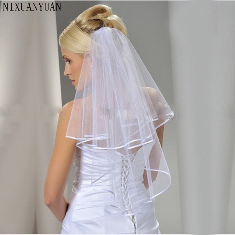 2020 In Stock Two Layers White / Ivory Bridal Veil With Comb Ribbon Edge Wedding Dress Accessaries Cheap Simple Comb Bridal Veil