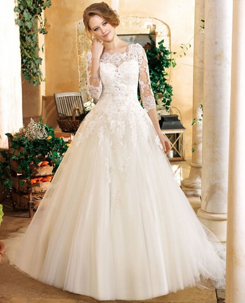 New Vintage Princess Ball Gown Wedding Dresses Beaded