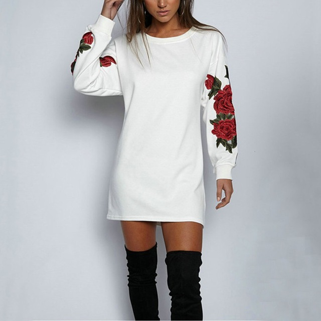 Autumn Women Sweater New European Style Three-Dimensional Flowers Embroidered Round Neck Long-sleeved Top Coat
