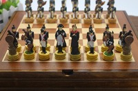 French Napoleon Series Figues Chess Set Resin Characters Doll Chess Set Classic Cartoon Chess Set Nice Gift Free Shipping