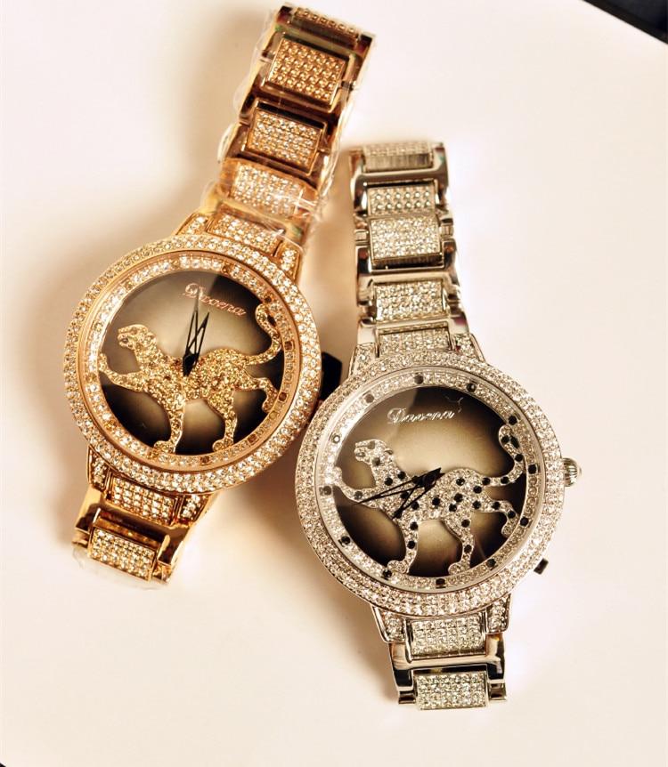 Designer European Classic Leopard Watches Cool Rotated Crystals Bracelet Wristwatch Original Brand Davena Quartz Relojes WA004