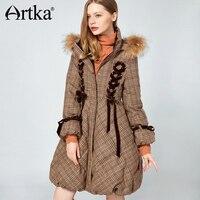 Artka 2018 Для женщин длинные Парка на пуху пальто с меховой отделкой капюшона зима теплая дутая Куртка пуховик, 90% утиного пуха с меховой воротн