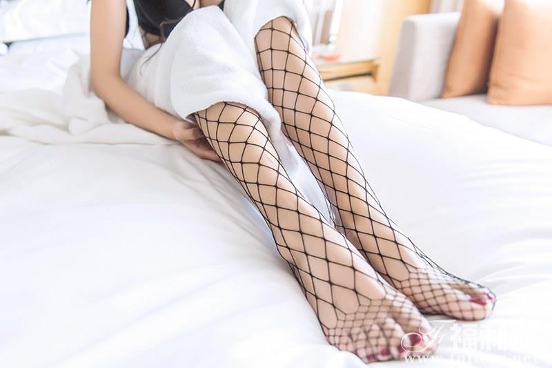 极美佳人如意紧身渔网袜性感曲线诱惑
