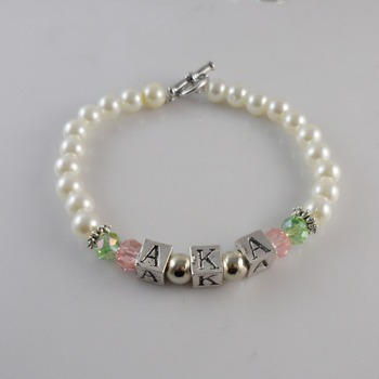 AKA Sorority bead pearl bracelet