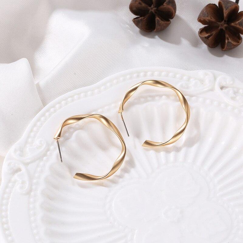 Minimalist Design Matte Thin Circle Geometric Silver Golden Drop Earrings Dangle Earrings For Women
