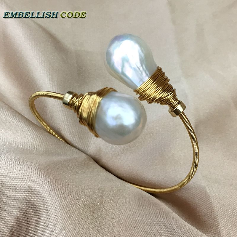 все цены на NEW simple Design gold with pearl hand make two baroque pearls bangle bracelet Designer pieces