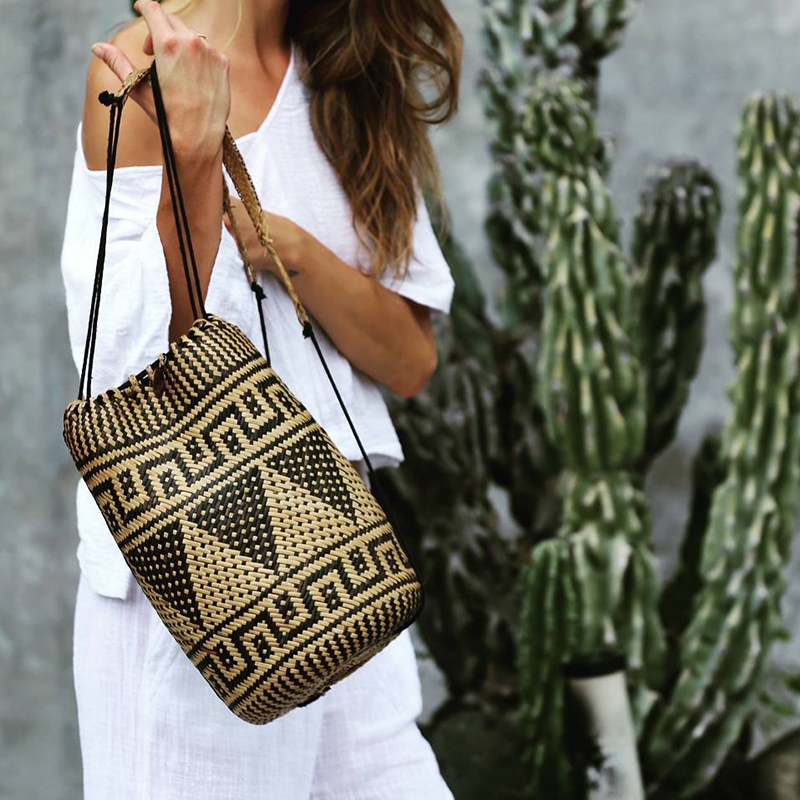 Bali Indonesia Women Rattan Shoulder Bag Bohemia Straw Bag Backpack Beach Holiday Shoulder Bag Female Bamboo Bag