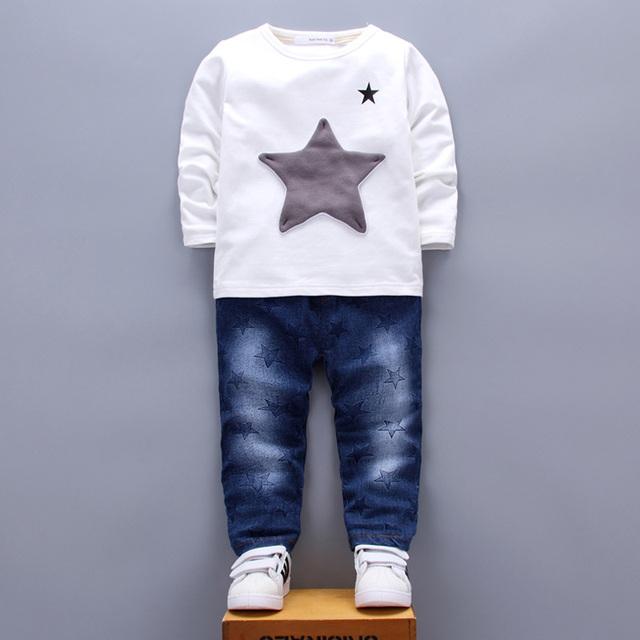 Patchwork Estrella Niños Conjuntos de Ropa para Niños niñas niño 1 2 3 4 Años de la Camiseta Pantalones Vaqueros Pantalones Dos Piezas Trajes Blanco Azul Verde 2017