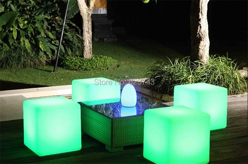 Led-Luminous-Light-Bar-Stool-Color-Changeable-Plastic-Cube-White-Chair (9)