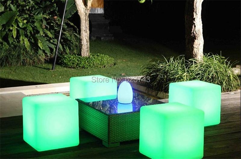 Led-Luminous-Light-Bar-Stool-Color-Changeable-Plastic-Cube-White-Chair (9)