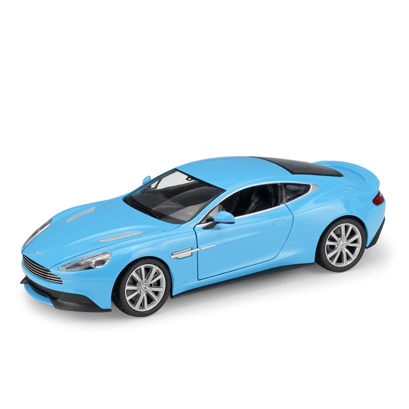Welly 1:24 Aston Martin Vanquish Diecast Alloy Model Car