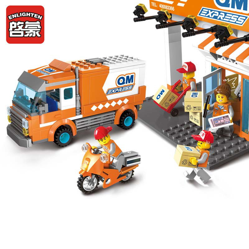 Enlighten City Express Delivery Company Truck Courier Station Model Building Blocks Figure Toys For Children Compatible Legoe 1700 sluban city police speed ship patrol boat model building blocks enlighten action figure toys for children compatible legoe
