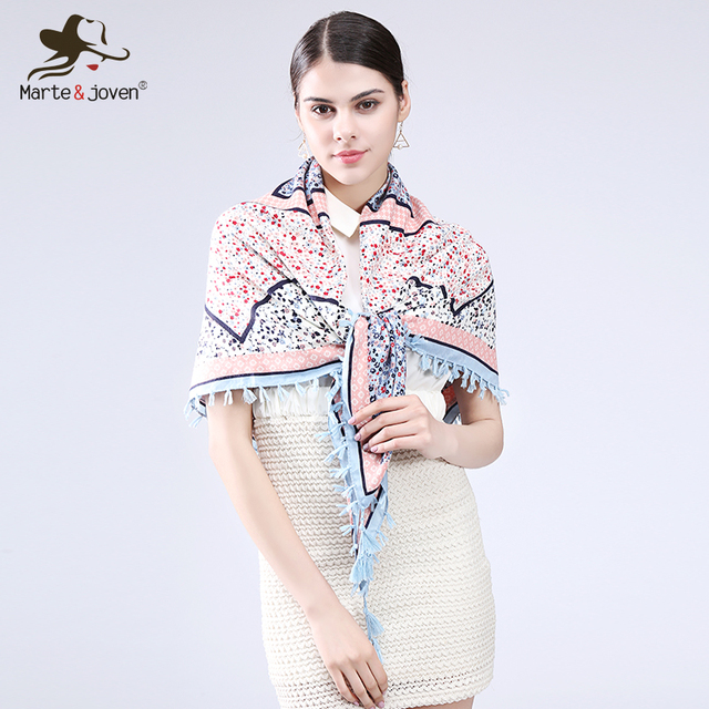 [Marte&Joven] Fashion Fringed Brim Floral Wrap and Scarf Ethnic Style Bandana Flower Design Square Scarves and Shawls for Women