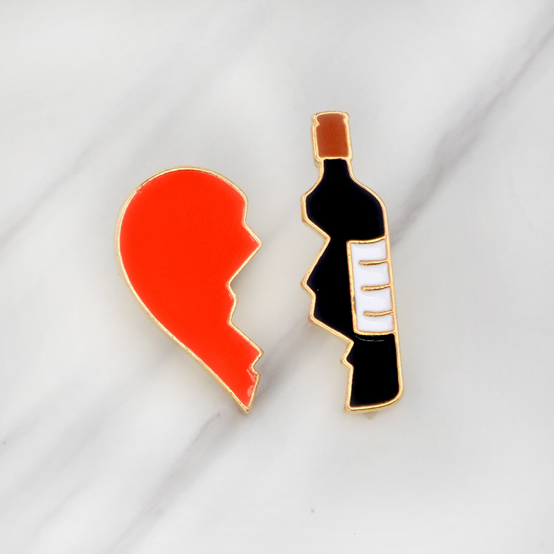 2pcs set Gold Broken Heart Wine Bottle Brooch Metal Enamel Red Black Brooches Pins Denim Jacket Bag Pin Badge Jewelry Girls Boys in Brooches from Jewelry Accessories