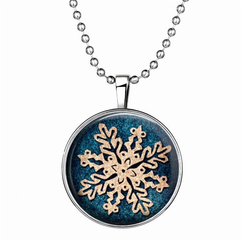 Fashion Luminous Necklace Glow In the Dark Snow Flower Stone Pendant Long Necklace Chains Christmas Gift For Women