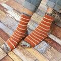 Un Par de Algodón hombres Calcetines de La Raya Japonesa Vintage Causal Moda Calcetines Carácter Rayas Calcetines Clásicos Para Los Hombres