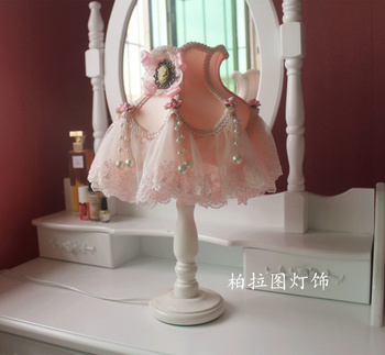 Korean Princess Dream Lace Table Lamp simple Pastoral cloth Table Lamp bedside Lamp luxurious craft  table lamp series