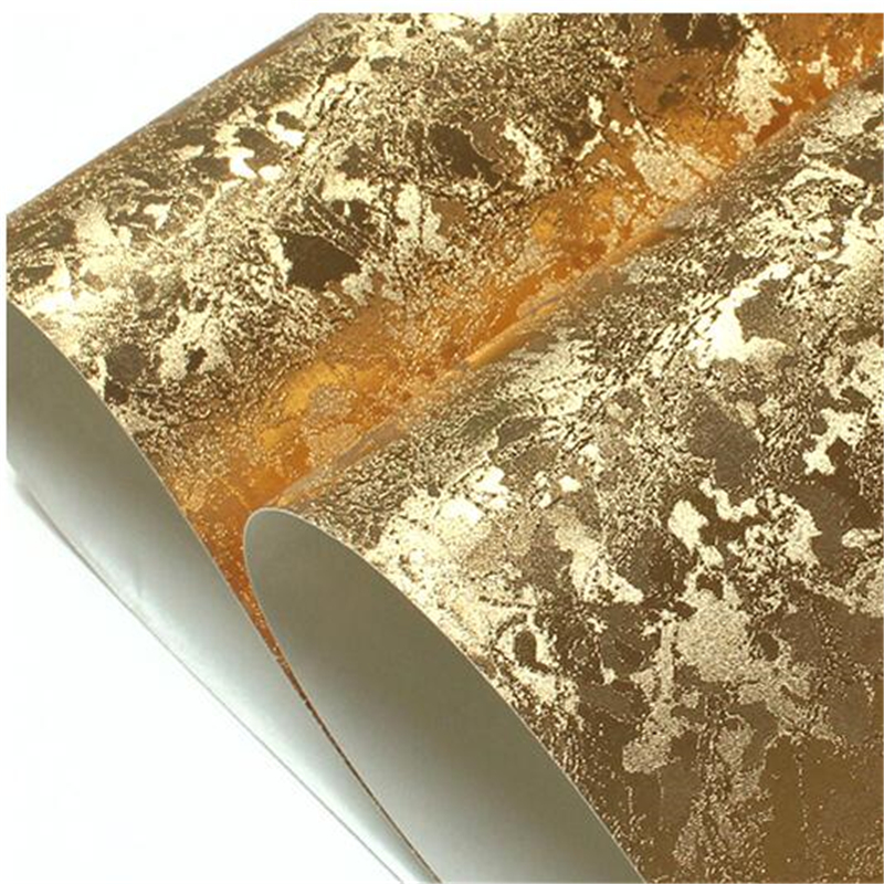 Купить с кэшбэком beibehang High-grade luxury ceiling wallpaper gold foil silver foil wallpaper living room ktv nightclub bar back wall paper