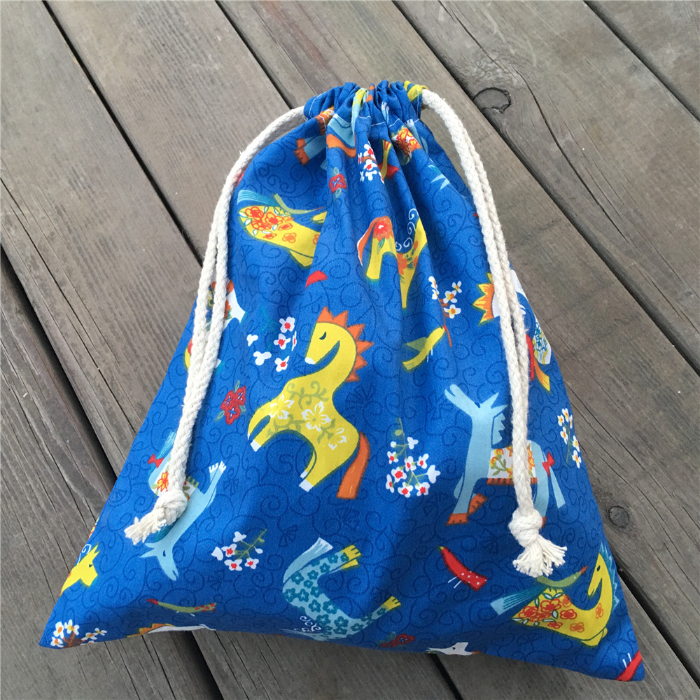 YILE 1pc Cotton Drawstring Clothing Sorted Pouch Party Gift Bag Printed Horse Flowers 9205b