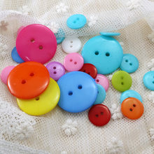 400pcs-1000pcs/pack, Candy Colors 2-holes Plastic Buttons 12.5mm 15mm 17.5mm Bread Button Apparel / Scrapbook / DIY buttons(China)