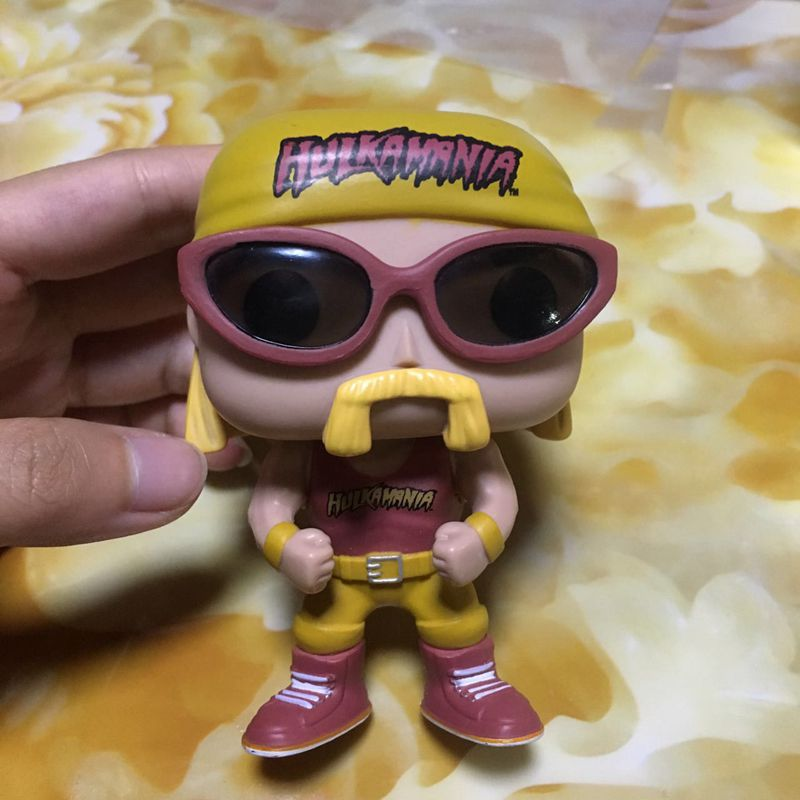 Imperfect Original Funko POP Hulk Hogan Hulkamania Fighter Vinyl Action Figure Collectible Model Loose Toy Cheap No Box  funko vinyl invaders robot batman pvc action figure collectible model toy 12 30cm