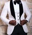2016 Custom Made Homens Ternos com calças Ternos de Casamento Slim Fit Smoking Branco Padrinhos Ternos Noivo (Jacket + Pants + colete + Gravata)