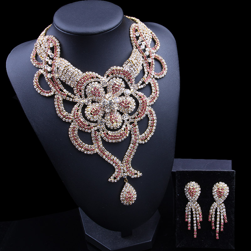 2018 Plated Crystal Jewelry Sets Bridal Wedding Party Necklace Earrings Rhinestone Pink color Delicate Jewelry for Women Gift