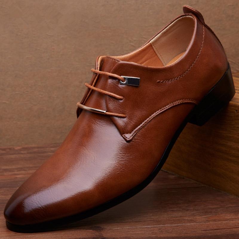 2017 Nuevos Planos de Los Hombres Señalaron Los Zapatos de Cuero de Oxford Plana