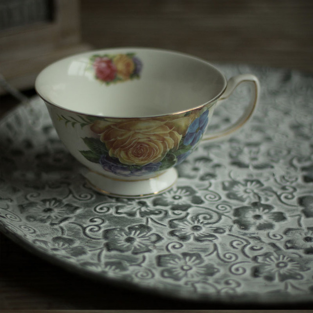 Floral Patterned Round Metal Serving Tray