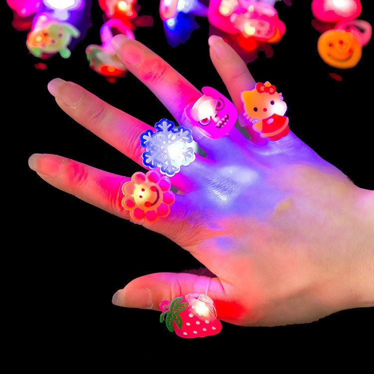3cs/ Set Strawberry Shape Flashing LED Ring Toy Luminous Finger Rubber Rings Event Party Supplies Novelty Christmas Gifts