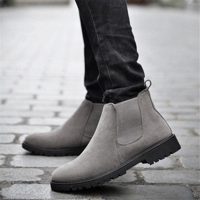 ZOQI Inek Süet Chelsea Çizmeler Erkekler Sneakers Yüksek Kalite yarım çizmeler erkek ayakkabısı Deri Kışlık Botlar Erkekler iş ayakkabısı Zapatos Hombre