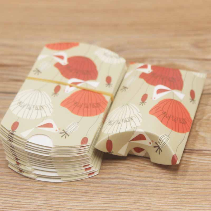 10pcs Colorful Packing Paper Pillow Candy Box Present Protection Pouch Kraft Thanksgiving Favors Gift Box Newest Design 8x5x2cm