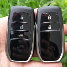 Con LOGO 2/3 botón Smart Remote Key cáscara para Toyota RAV4 Camry Reiz Highlander Smart Card cáscara con hoja sin cortar(China)