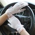 Женщины противоскользящих скольжение круто-устойчивых защита от ультрафиолетовых лучей сенсорный экран сетчатая ткань вс блок короткая вождения кросс-одевания кружево жемчуг качество-св перчатки варежки