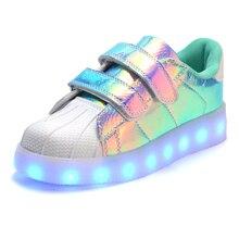 Classique Blanc Enfant Lumineux Shoes Pour GRANDES Filles Garçons Coloré Lueur Enfants Sneakers Charge Lumineuse Adolescente Chaussure Enfant LED