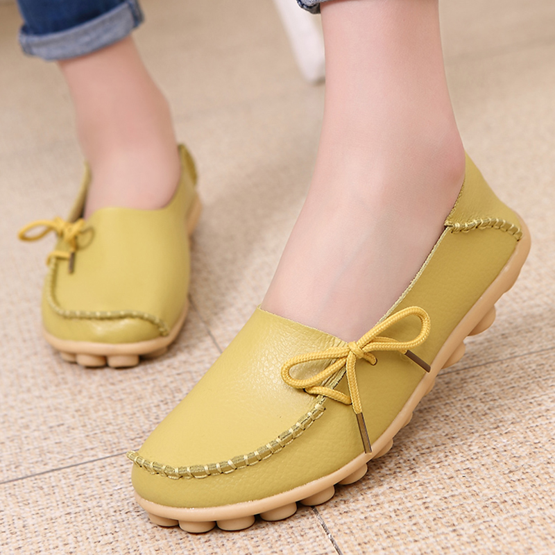 Flat Shoes Women 2018 Fashion Hollow PU Leather Peas Breathable Soft Walking Women Flats Loafers Home Shoes