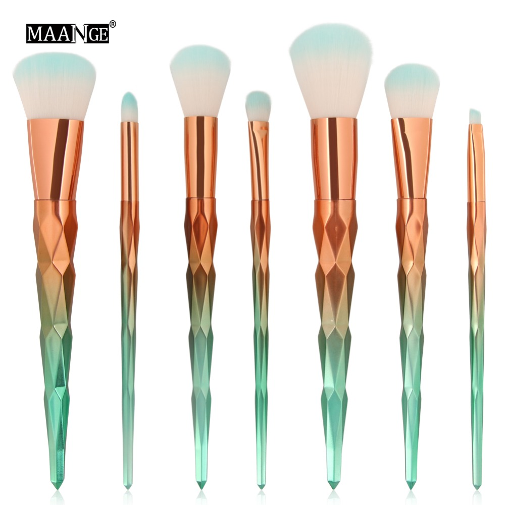 7Pcs Makeup Brushes Set Blending Powder Contour Concealer Blush Beauty Brush Eyeshadow Eyebrow Face Comestic Make Up Brush Tool backup plus