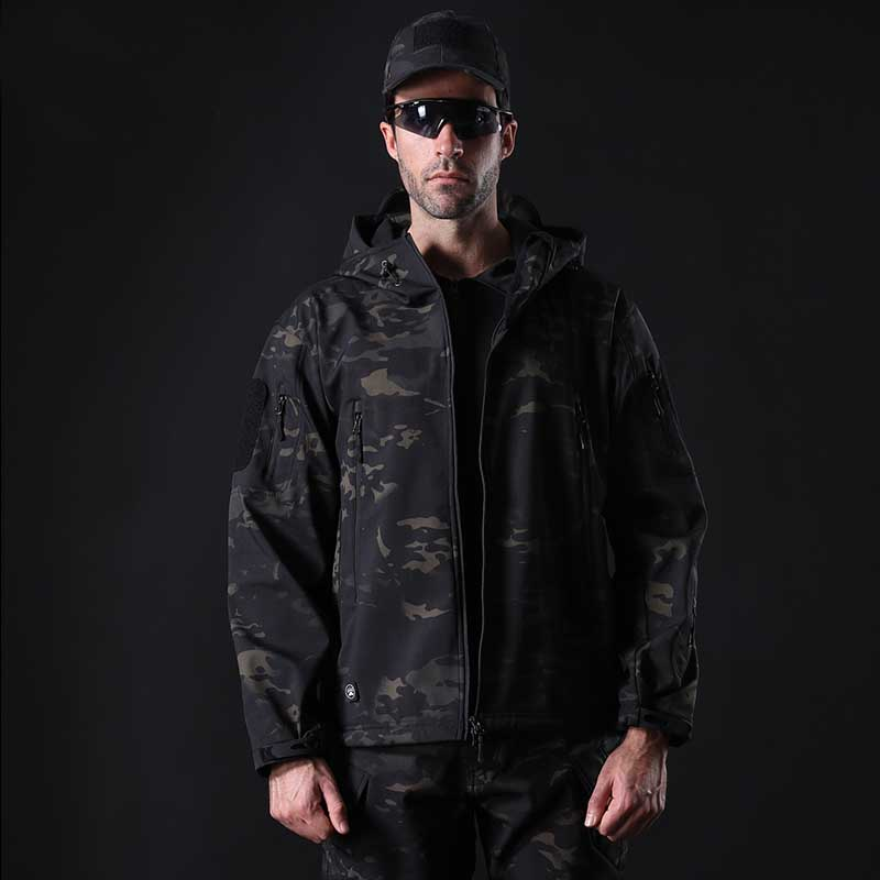 Shark Soft Skin Military Tactical Jackets Men Waterproof Windproof Warm Coats Camouflage Hooded Men Tops Clothing LB