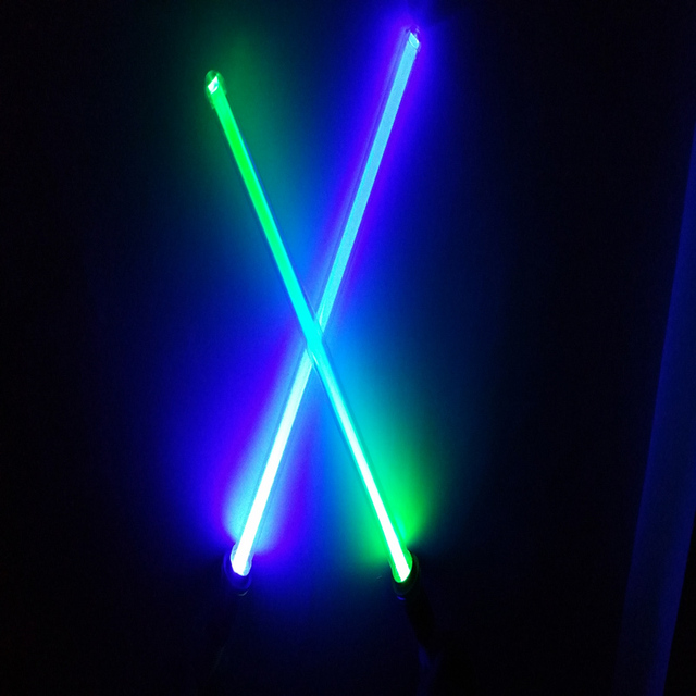 Wholesale Star Wars Lightsaber 26inch LED And Action Figure Flashing Light Sword Toy Weapons Can Mutual percussion Free Shipping