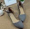 Euramerican стиль острый сторона пуст сандалии с женской обуви в больших размерах сандалии досуг обувь с плоской подошве