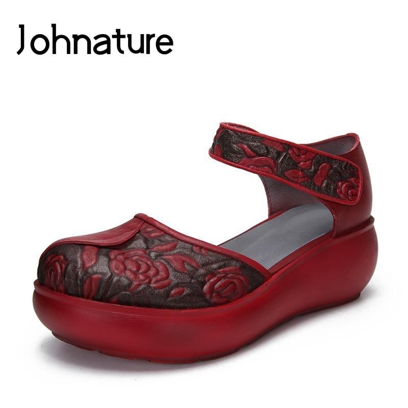 Ayakk.'ten Yüksek Topuklular'de Johnature 2019 Yeni Yaz Retro Hakiki Deri Totem Kanca ve Döngü Ayak Bileği Kayışı Ayakkabı Kadın Takozlar Sandalet'da  Grup 1