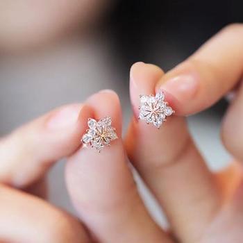 SHUANGR Snow Flake Crystal Stud Earring for Women Gold Silver Colors Star Earring Girl Birthday Jewelry Gift gold earrings for women